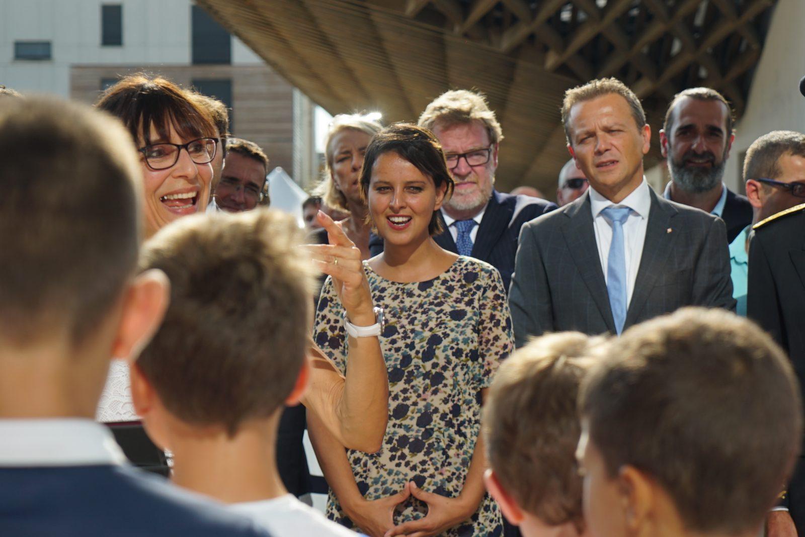 Une inauguration en présence de Madame la Ministre de l'Education et de Monsieur le Maire