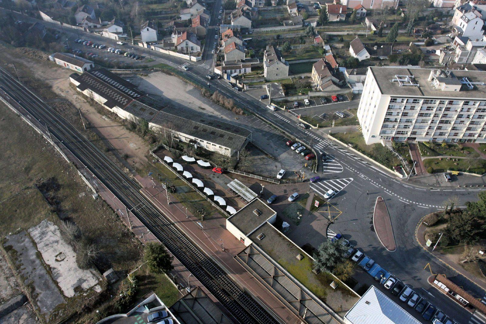 Vue aérienne des friches ferroviaires (ici : l'îlot OUEST en 2012)