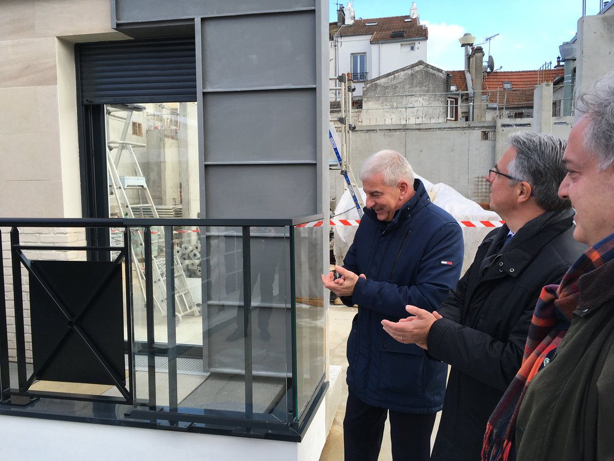 Une présentation assurée par Jean-Paul Michel (au centre), Maire de Lagny-sur-Marne