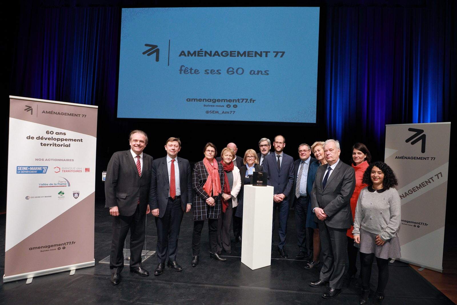 Une soirée en présence de plusieurs parlementaires (ici Jean-Louis THIERIOT, Valérie LACROUTE et Aude LUQUET)