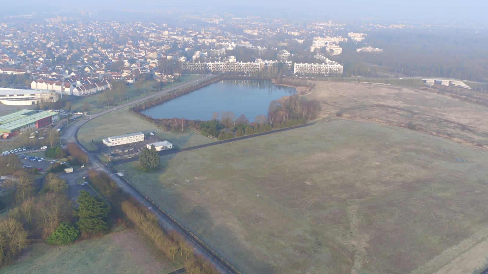 Vue en drone du périmètre de l'ancien site industriel